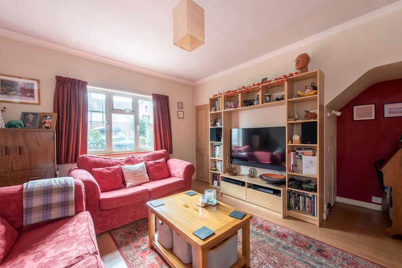 3 Bedrooms Terraced House for sale in Rectory Gardens, LONDON