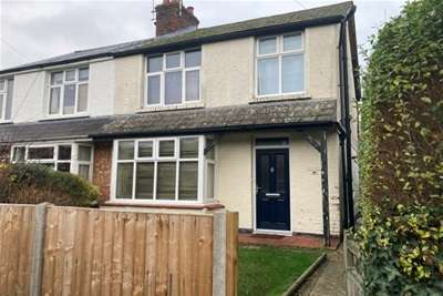 4 Bedrooms Semi Detached House for rent in Chichester