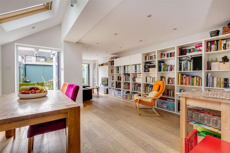 4 Bedrooms Terraced House for rent in Binns Road, Chiswick, W4