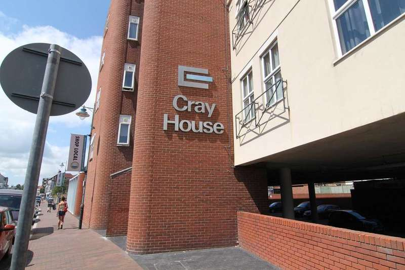 2 Bedrooms Apartment Flat for rent in Cray House, 40 Stoke Road, Gosport