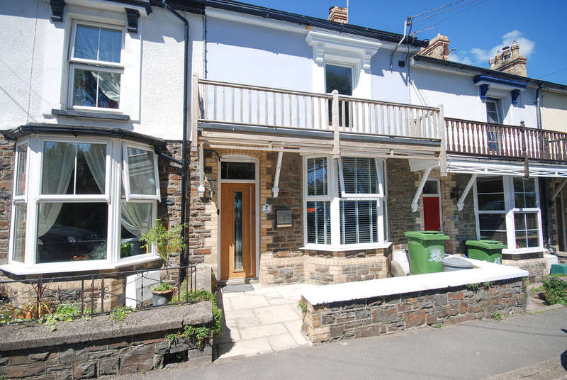 3 Bedrooms Terraced House for rent in Grenville Terrace, Northam