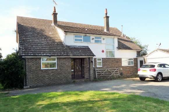 4 Bedrooms Detached House for rent in Church Lane, Ninfield, TN33