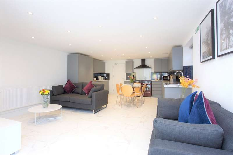 5 Bedrooms Semi Detached House for rent in The Green, Bracknell, Berkshire, RG12