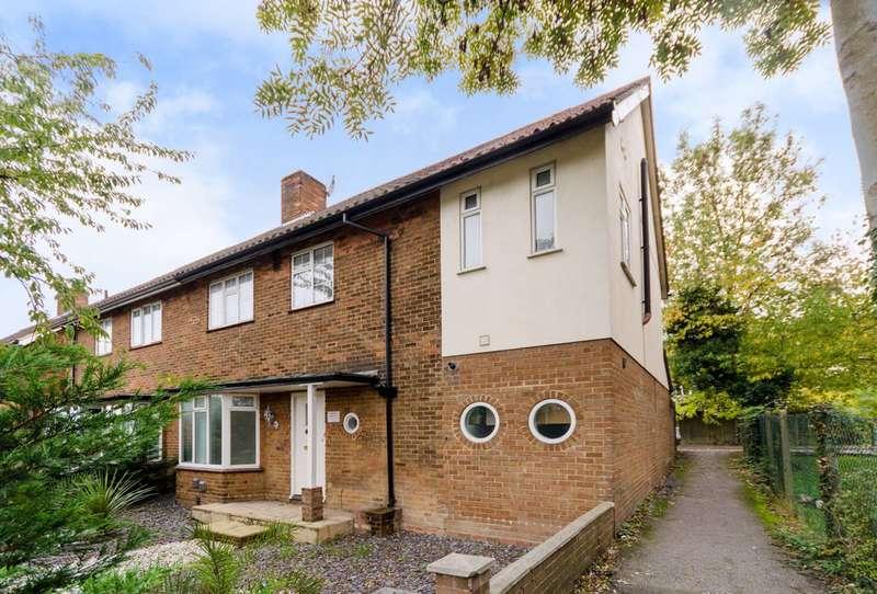 4 Bedrooms Semi Detached House for rent in Malden Way, New Malden, KT3