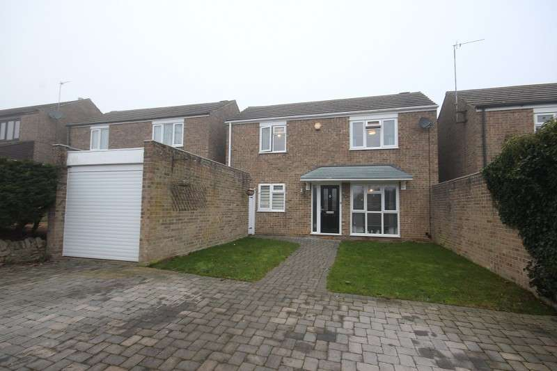 3 Bedrooms Detached House for sale in Dinglederry, Olney, Buckinghamshire. MK46 5ES