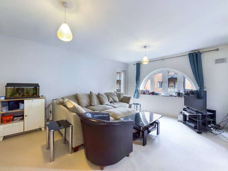 2 Bedrooms Property for rent in Bridleway House, Cannons Wharf, Tonbridge