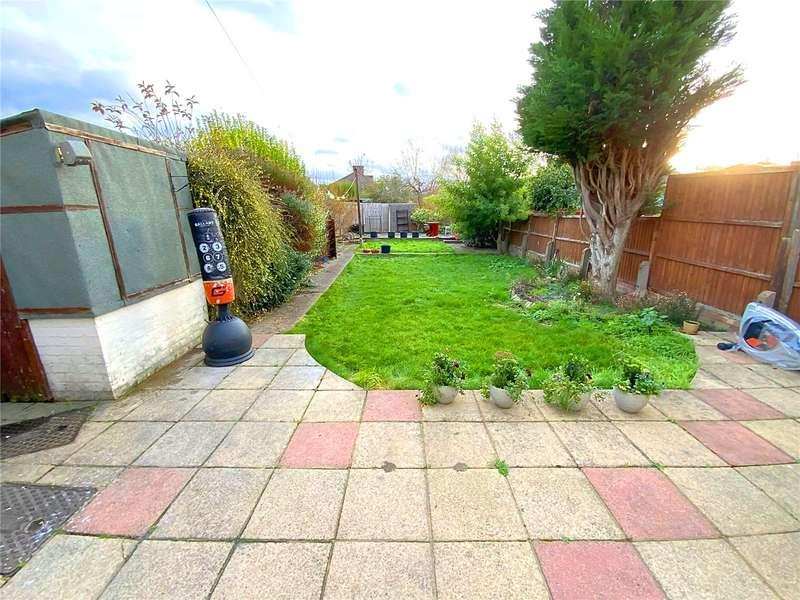 3 Bedrooms Terraced House for rent in Broadlands Avenue, ENFIELD, Greater London, EN3