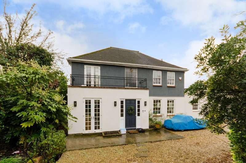4 Bedrooms House for sale in Spurgeon Avenue, Upper Norwood, SE19