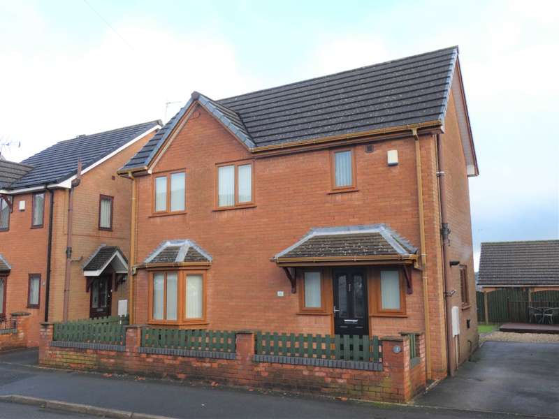 3 Bedrooms Semi Detached House for rent in Riley Avenue, Stoke-on-Trent, ST6 7DU