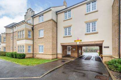 1 Bedroom Flat for sale in The Hawthorns, Flitwick, Bedford, Bedfordshire
