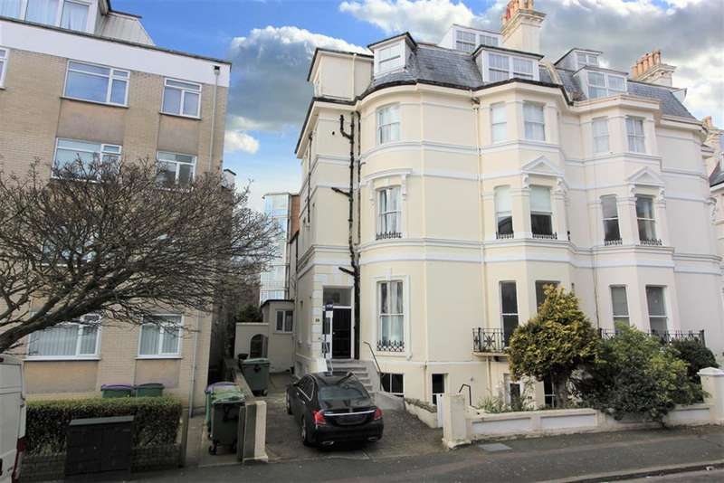 2 Bedrooms Apartment Flat for sale in Clifton Crescent, Folkestone, Kent, CT20 2EP