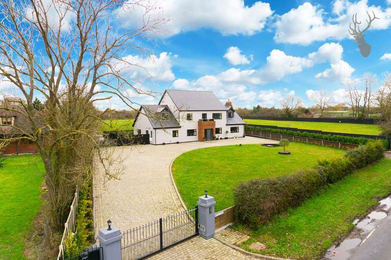 4 Bedrooms Detached House for sale in Tysea Hill, Stapleford Abbotts