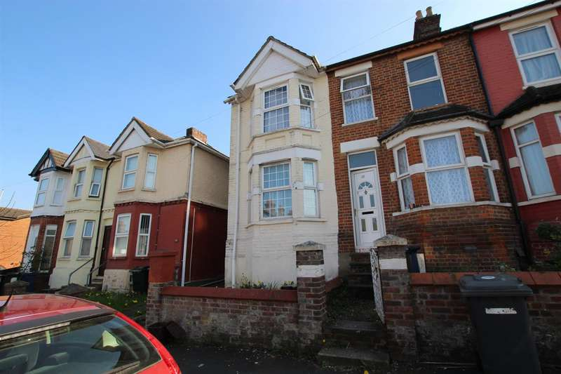 3 Bedrooms Terraced House for rent in Dashwood Avenue