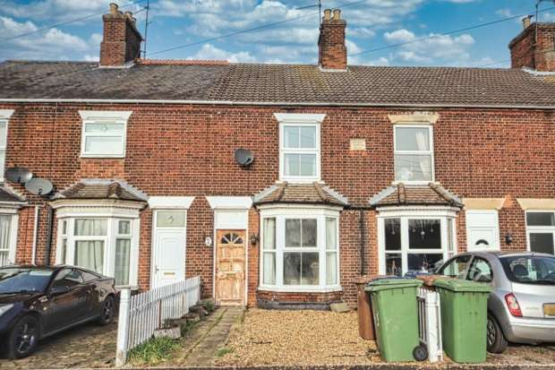 3 Bedrooms Terraced House for sale in Norwood Road, March, Cambridgeshire, PE15 8PX