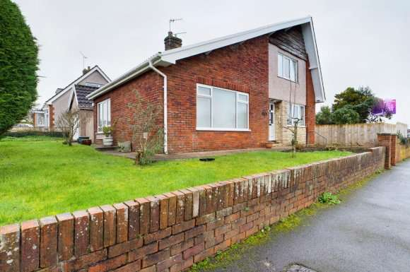 3 Bedrooms Detached House for rent in Hilland Drive, Bishopston, Swansea, SA3