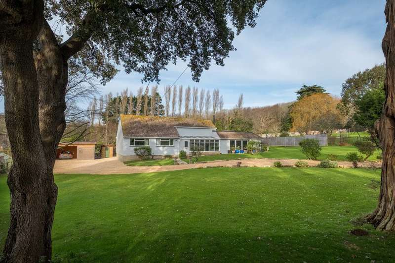 3 Bedrooms Detached Bungalow for sale in Brook, Isle of Wight