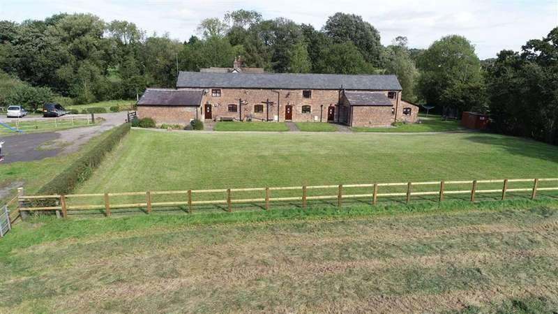 3 Bedrooms Barn Conversion Character Property for sale in Faulkners Lane, Mobberley