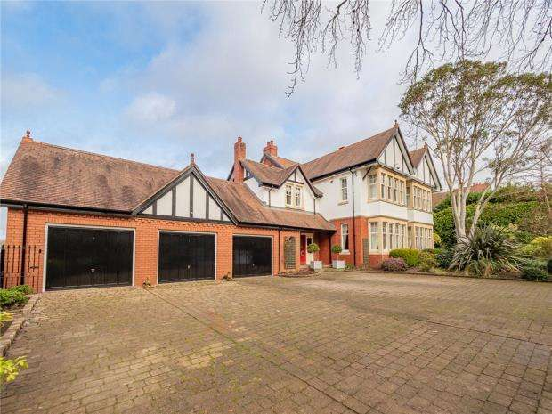 6 Bedrooms Detached House for sale in Cefn Coed Road, Roath Park, Cardiff