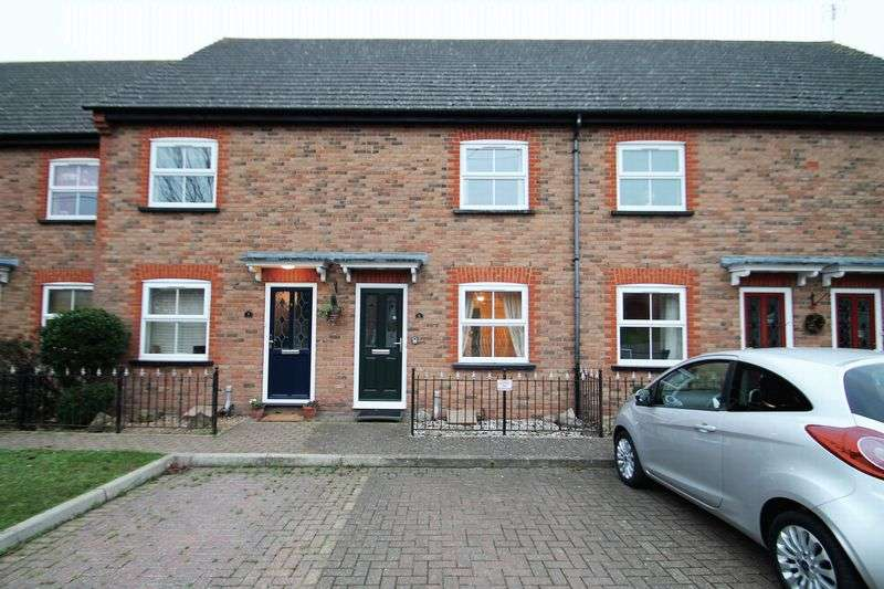 2 Bedrooms Property for sale in High Street, Eaton Bray, Bedfordshire