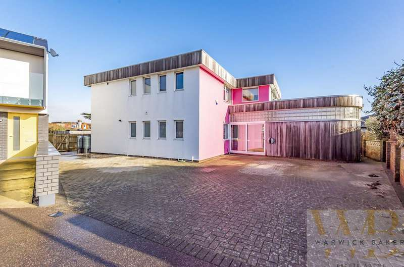 5 Bedrooms Detached House for sale in Old Fort Road, Shoreham-By-Sea