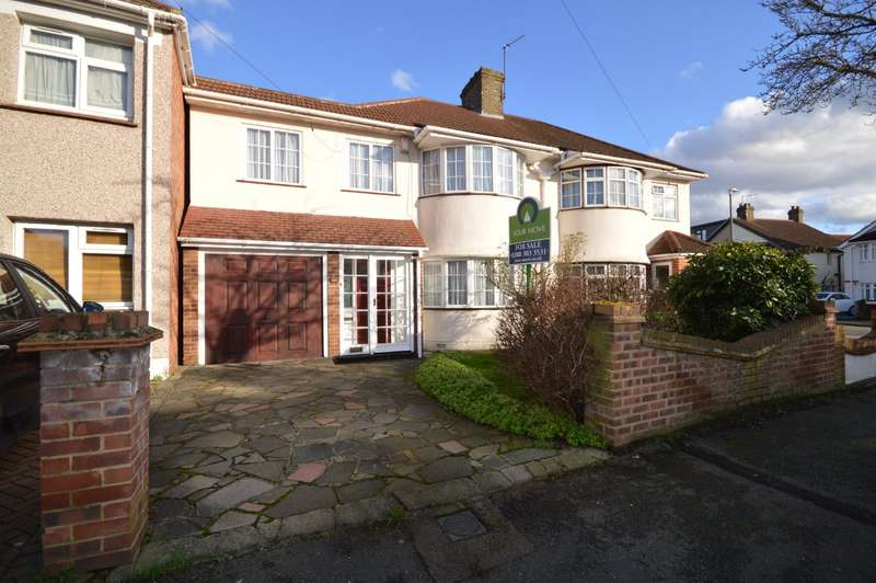 5 Bedrooms Semi Detached House for sale in Selsey Crescent, Welling, DA16