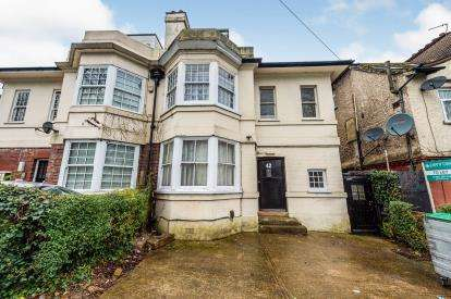 7 Bedrooms Semi Detached House for sale in Brantwood Road, Luton, Bedfordshire, England