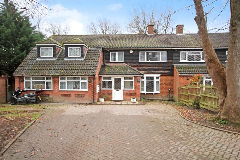 6 Bedrooms Semi Detached House for sale in Chaucer Way, Addlestone, KT15