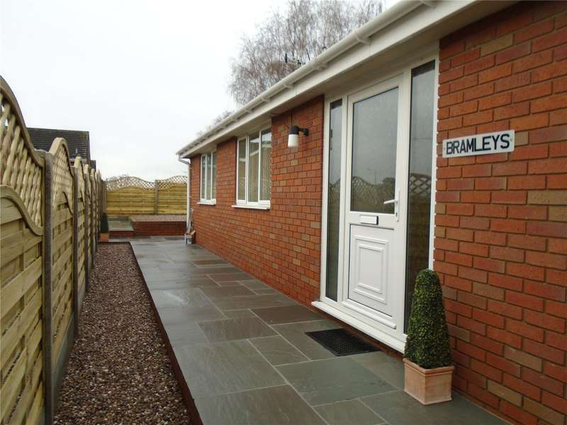 2 Bedrooms Detached Bungalow for rent in Sheet Road, Ludlow, Shropshire, SY8 1LR