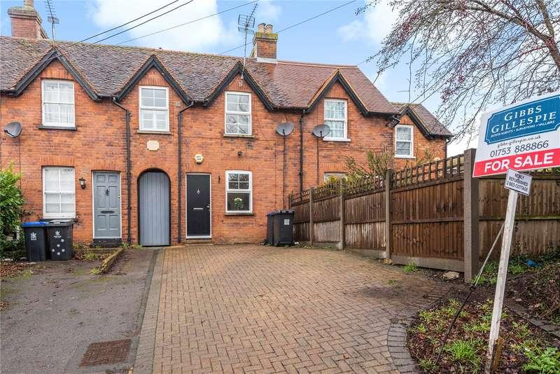 2 Bedrooms Terraced House for sale in Wexham Street, Stoke Poges, Buckinghamshire, SL3