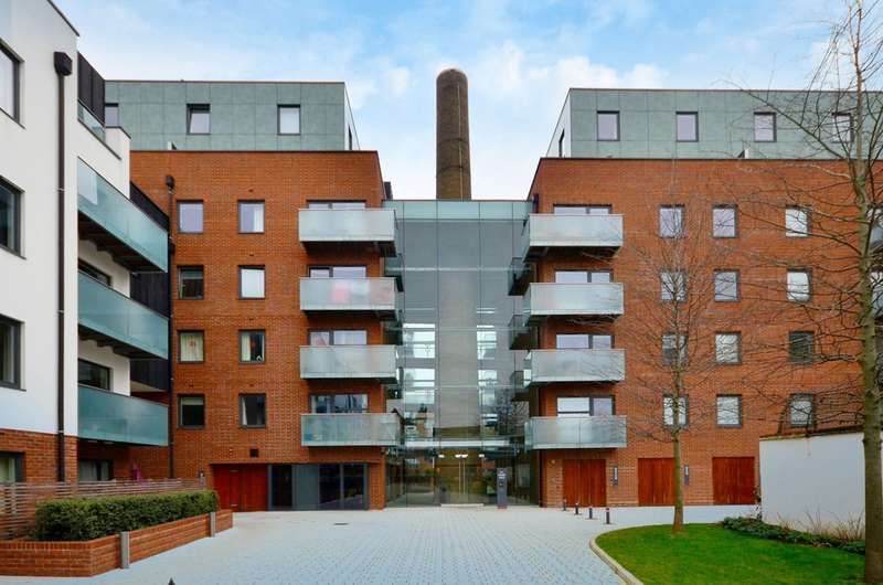 3 Bedrooms Flat for sale in Tiltman Place, Holloway, N7