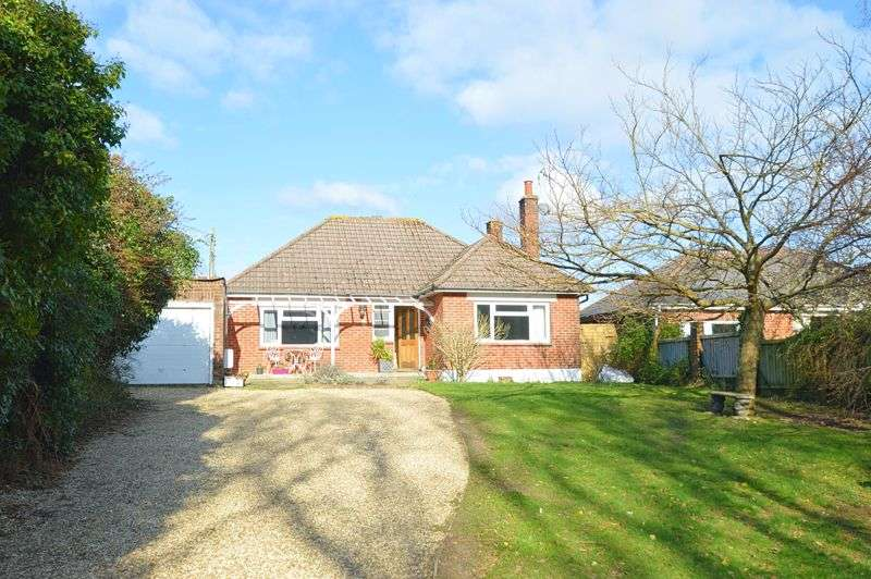 3 Bedrooms Property for sale in COUNTRYSIDE VIEWS * SHANKLIN