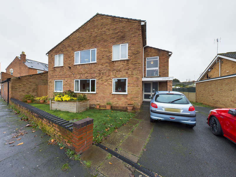 2 Bedrooms Flat for sale in Tan Lane, Stourport-on-Severn