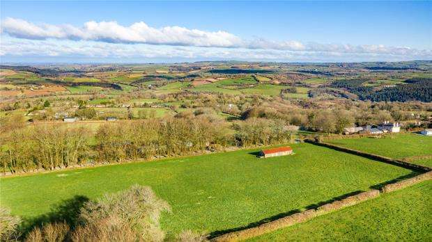 2 Bedrooms Detached Bungalow for sale in Coxpark, Gunnislake, Cornwall