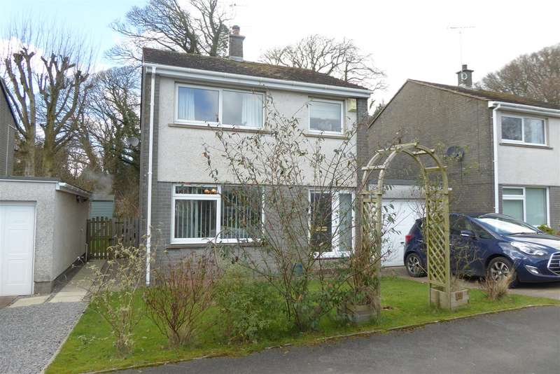 3 Bedrooms Detached House for sale in Brierydale Lane, Stainburn, Workington