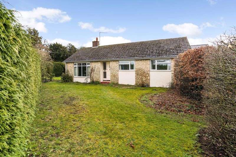 4 Bedrooms Property for sale in Juniper Hill, Brackley