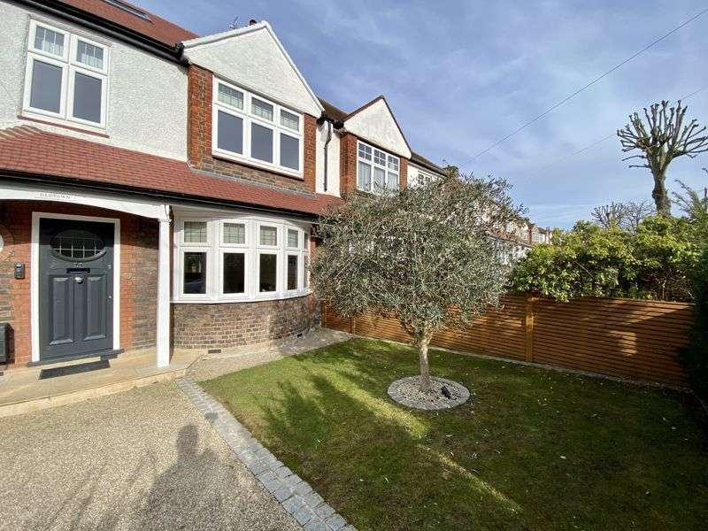4 Bedrooms Property for sale in Alric Avenue, New Malden