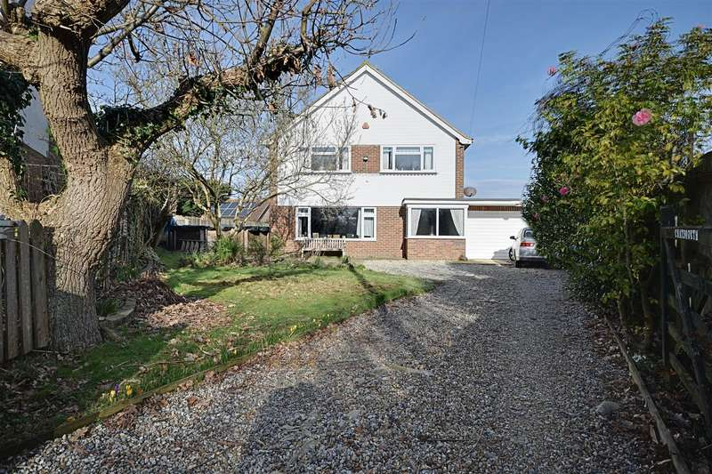 3 Bedrooms Detached House for sale in Collington Lane West, Bexhill-On-Sea