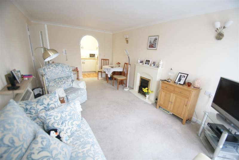 1 Bedroom Retirement Property for sale in Bellingham Lane, Rayleigh