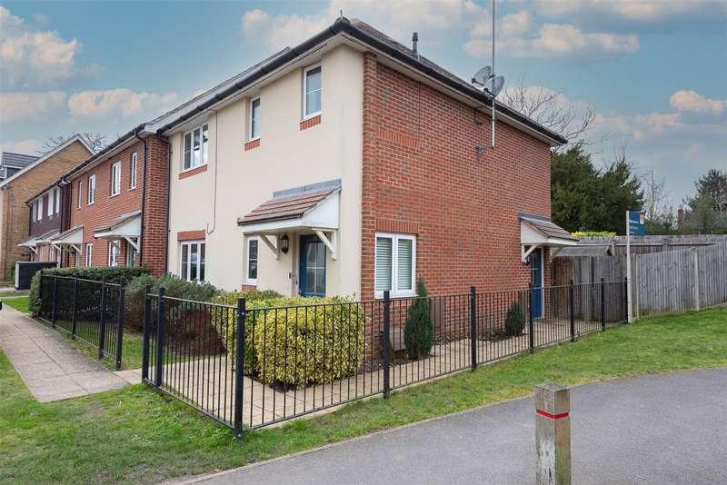 1 Bedroom Maisonette Flat for sale in Allbrook Close, Bagshot, GU19