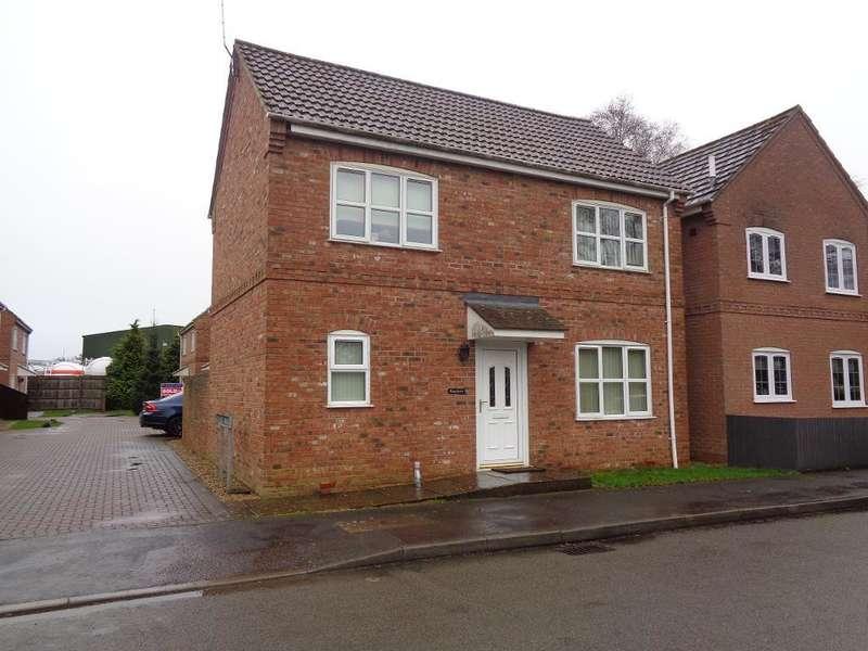 3 Bedrooms Detached House for sale in Churchgate, Sutton Bridge, Lincolnshire, PE12 9UD
