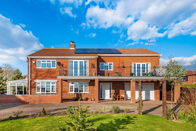 5 Bedrooms Detached House for sale in Hallams Lane, Timberland, Lincoln, LN4 3RY
