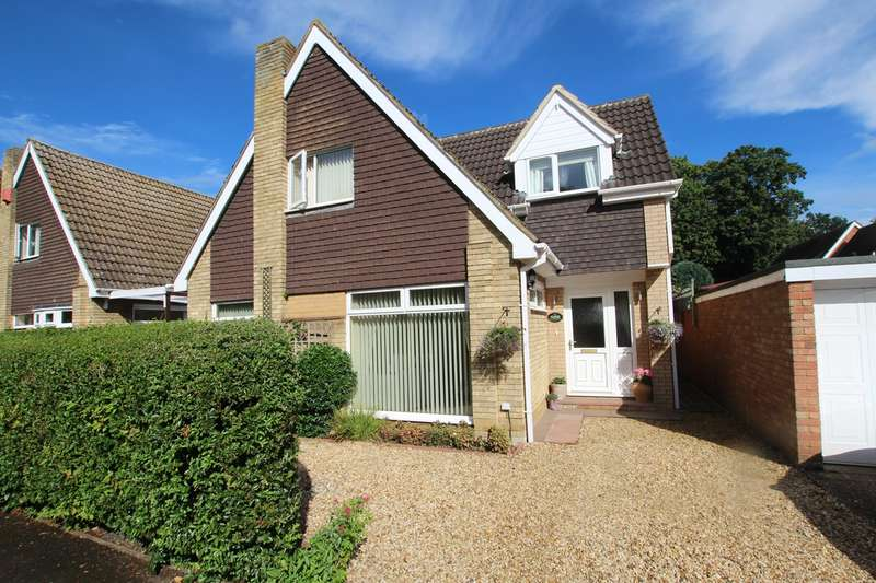 3 Bedrooms Detached House for sale in Judith Gardens, Potton, SG19