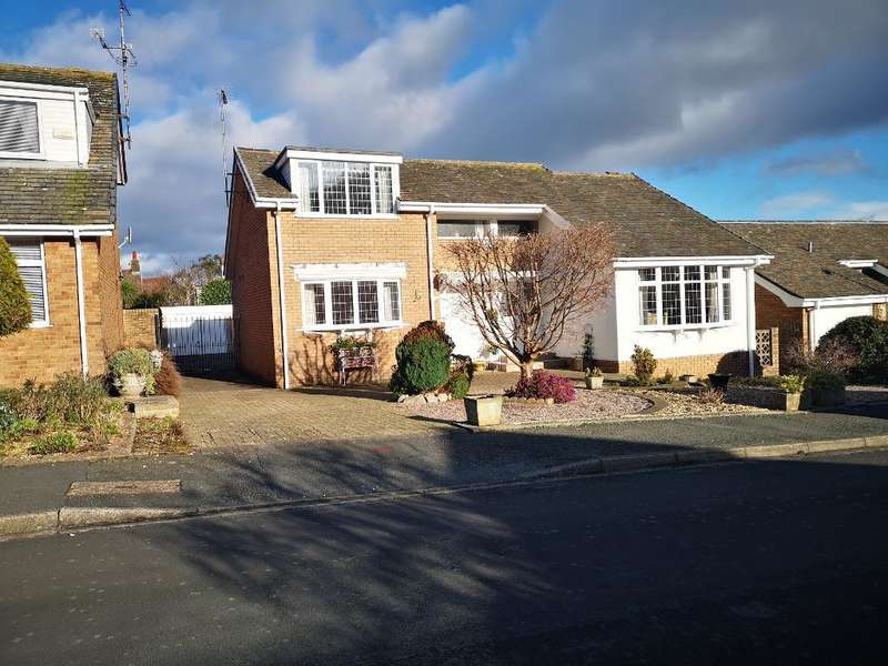 3 Bedrooms Detached House for sale in Brompton Park, Rhos on Sea, Conwy, LL28 4TW