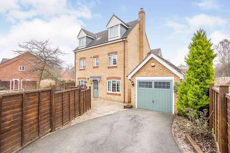5 Bedrooms Detached House for sale in Radulf Gardens, Liversedge, West Yorkshire, WF15