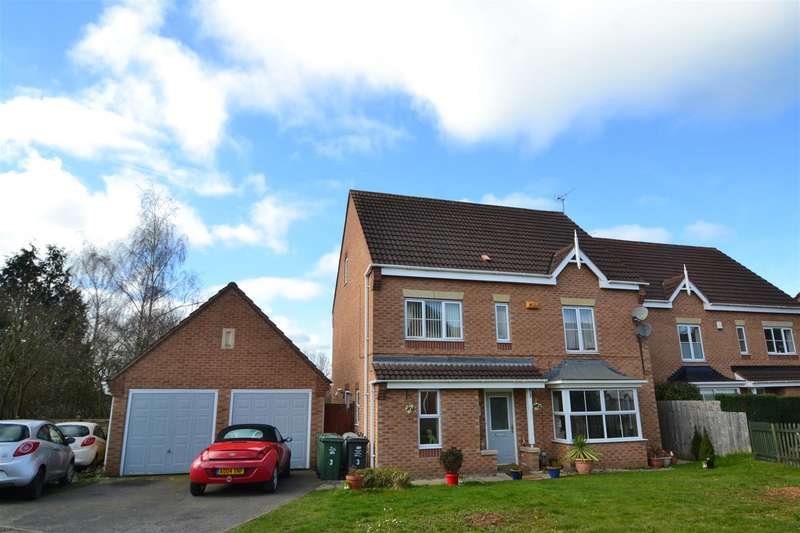 6 Bedrooms Detached House for sale in Saville Drive, Sileby, LE12 7US