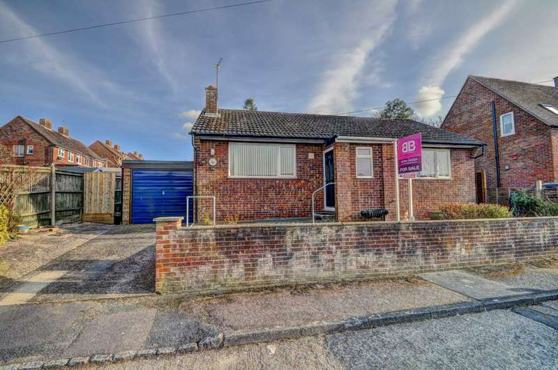 2 Bedrooms Detached Bungalow for sale in Lime Road, Princes Risborough