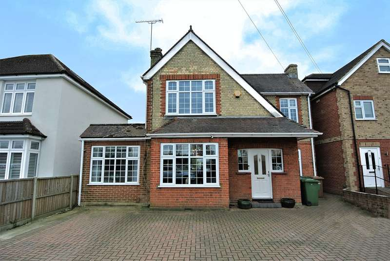 6 Bedrooms Detached House for sale in Feltham Road, Ashford, TW15