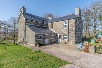4 Bedrooms Detached House for sale in Rhoslan, Criccieth, Gwynedd, ., LL52