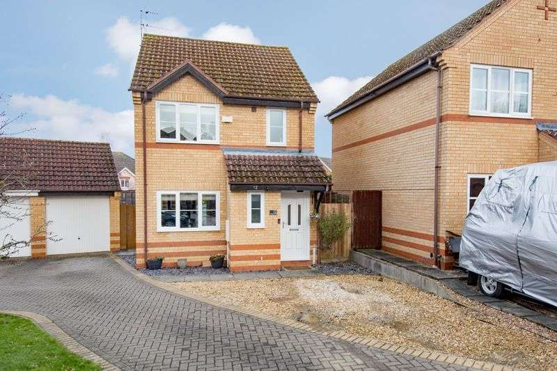 3 Bedrooms Property for sale in Horselease Close, Great Oakley
