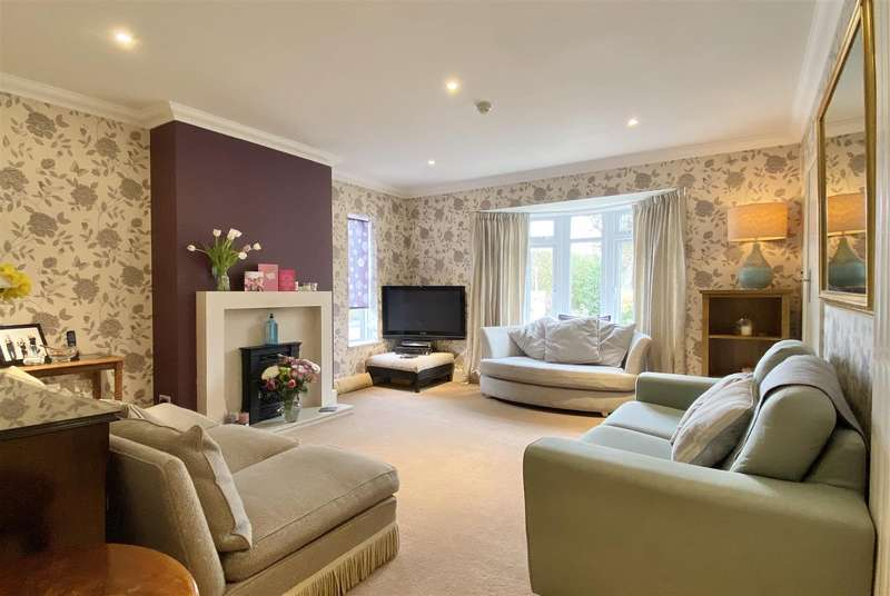 5 Bedrooms House for sale in Newport
